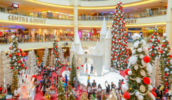 Event A Christmas Surprise Mid Valley