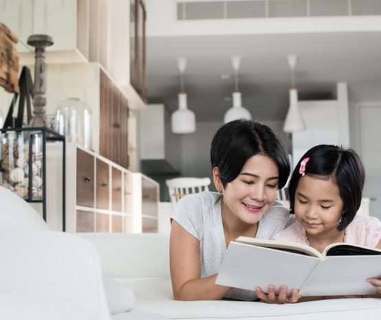 10 tips to make reading a fun feature at home