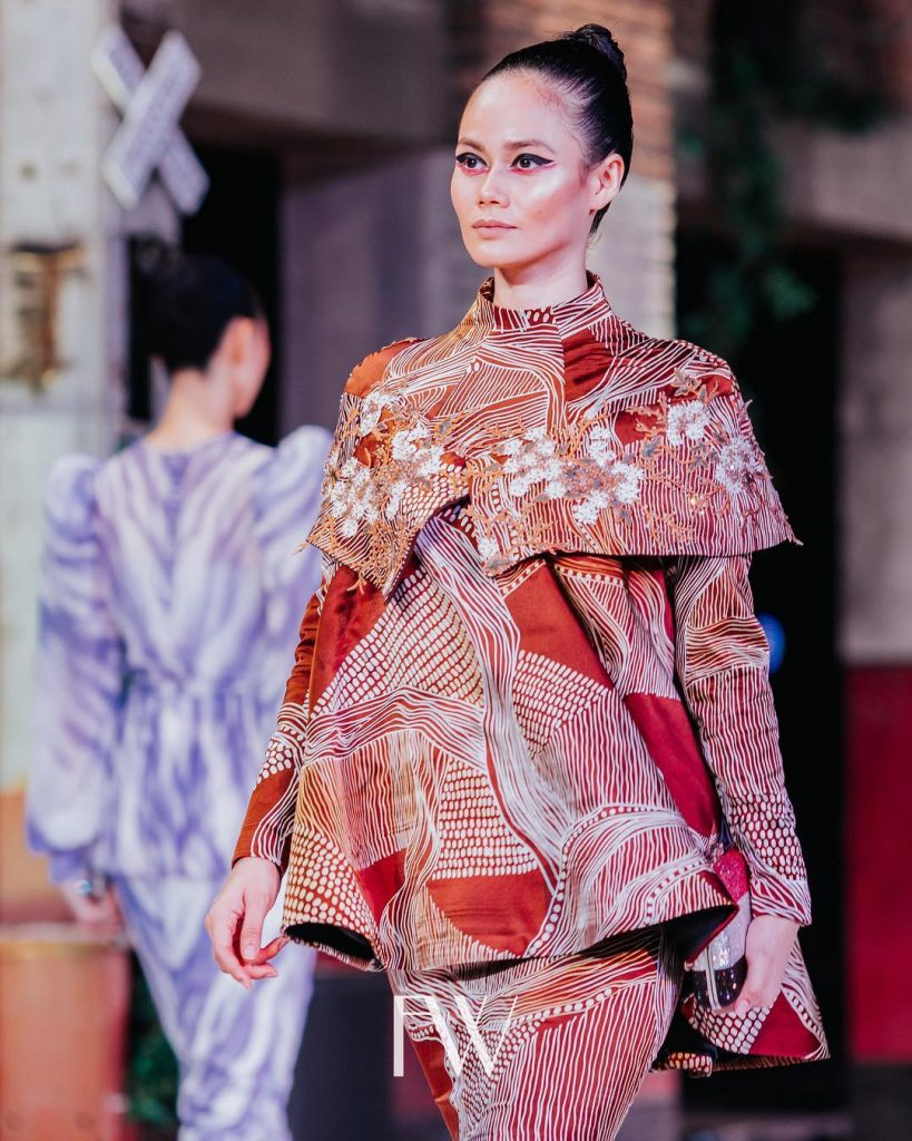 Where-to-Find-Your-Raya-2019-Outfits.16