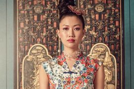 Chinese lady in Cheongsam