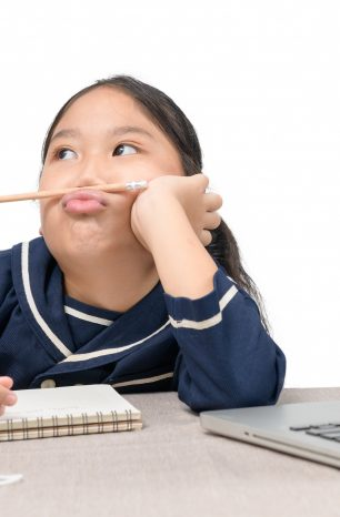 5 Tips to Help Your Child Battle Online Learning Fatigue
